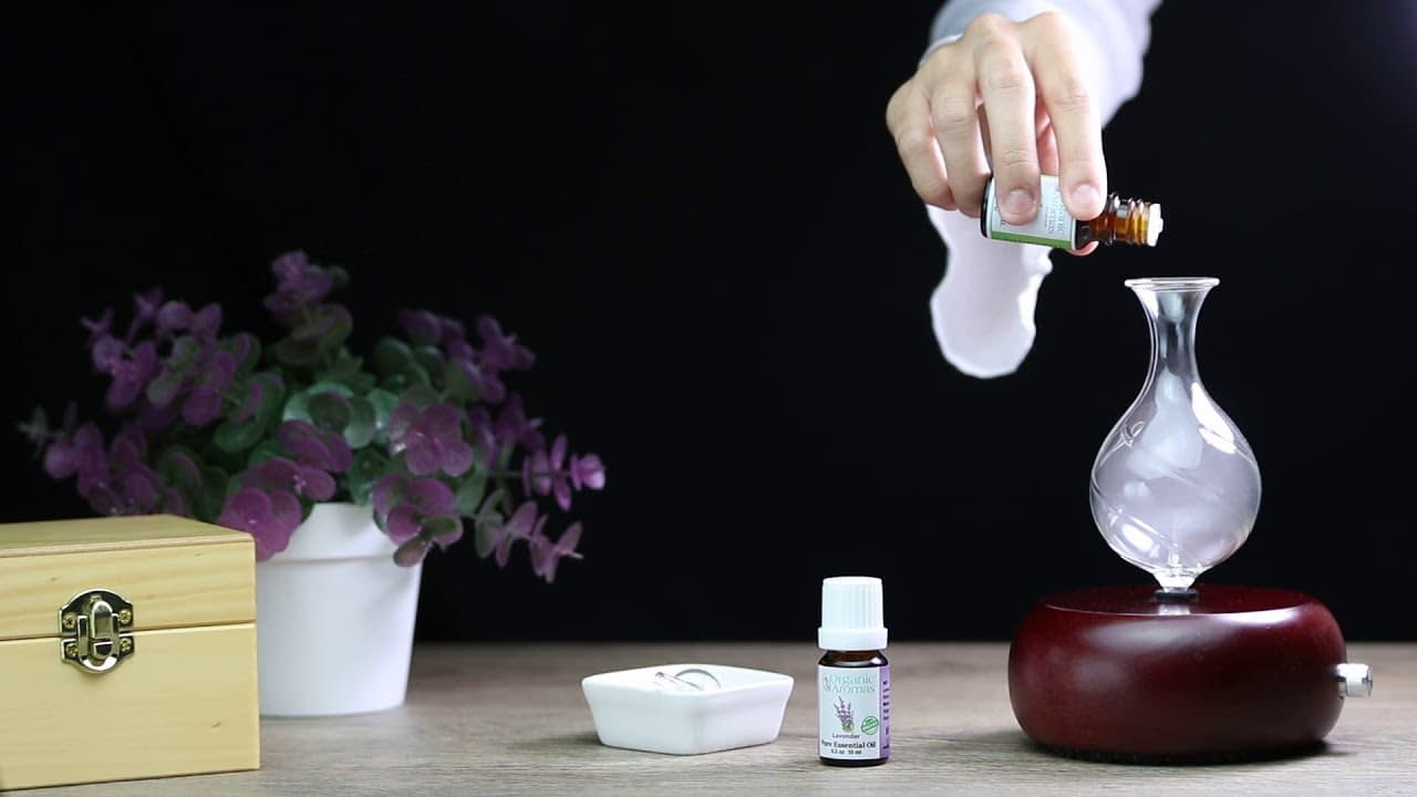 Radiance Nebulizing Diffuser by Organic Aromas